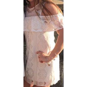 Miami Lace Off the Shoulder Lace Dress SZ Medium